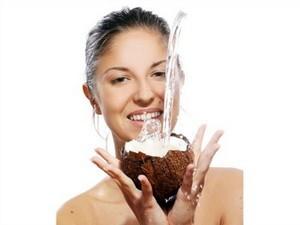 кокосовая маска эффективна для лица