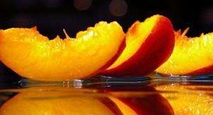 вкусное средство для лица - персиковое масло