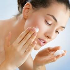 Никакой грязи и прыщей: какие средства использовать для очищения кожи?