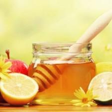 Самые популярные и эффективные рецепты медовых масок для лица, которые с легкостью можно приготовить в домашних условиях