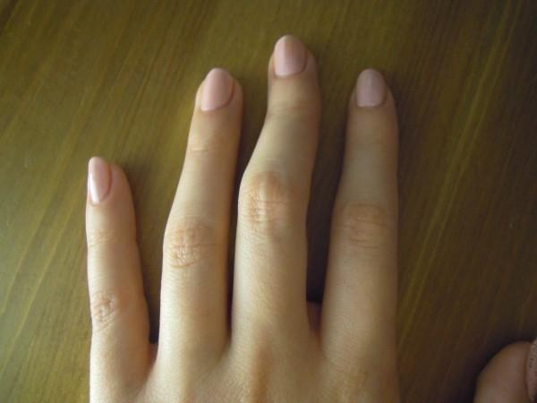 накрашенные ногти