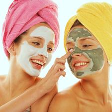 Как сделать кожу упругой в домашних условиях? Подтягивающая маска для лица вам поможет!