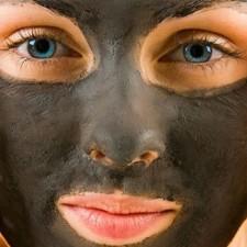 Дешево и сердито:  очищающая маска-пленка для лица из желатина и активированного  угля